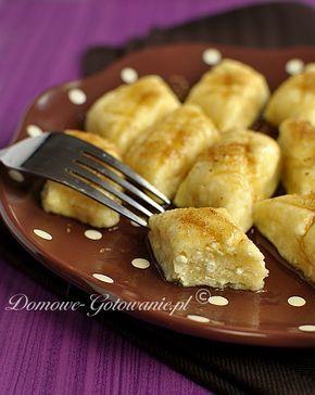 Składniki na ok. 3- 4 porcje: 500g twarogu (półtłustego) 3 jajka sól 1 szklanka mąki pszennej Sposób przygotowania: Oddzielić żółtka...