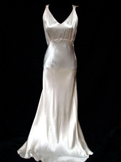 1930s Long Sweeping Bias-cut Silk Satin Hollywood Glamour Dress Gown