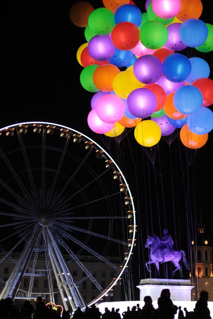 Lights festival 2011  Lyon, France: 2011 Lyons, Festivals 2011, Favourit Lyons, Lyons Pics, Fuh Tog Ruh Fe Photography, Lyons France, Lights Festivals Lyons, Lights Projects, Gonna Living