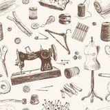 Vetor Do Manequim Do Vintage E Da Máquina De Costura - Baixe conteúdos de Alta Qualidade entre mais de 47 Milhões de Fotos de Stock, Imagens e Vectores. Registe-se GRATUITAMENTE hoje. Imagem: 32859619