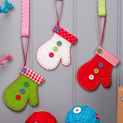 Gisela Graham Felt Mitten Christmas Tree Decoration - £2.99 - A great range of Individual Hanging Decorations gifts and homewares from The Contemporary Home Online Shop