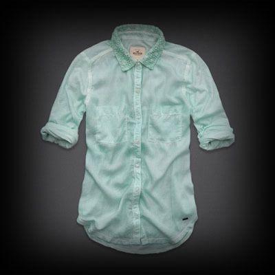 Hollister レディース シャツ  ホリスター Laguna Niguel Shirt シャツ   ★襟元にお花柄の刺繍がされていて、とてもかわいい♪  ★両胸のポケットがポイントです。