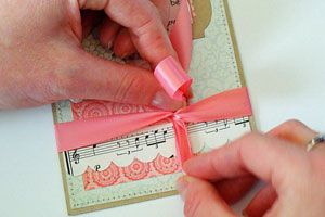How To Tie a Bow - Photo & VideoBow Tutorial, Crafts Ideas, Crafts Hints, Cardmaking Tutorials, Bows Tutorials, Cards Making Scrapbook, Paper Crafts, Crafts Sewing, Bows Techniques