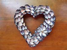 Mussel-Shell-Wreaths