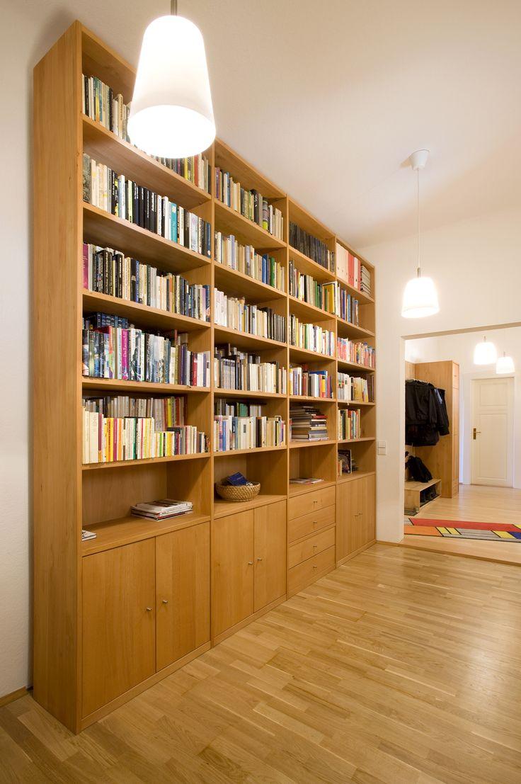 solide Wohnwand, nach #Maß werkstattgefertigt © www.buchenblau.de