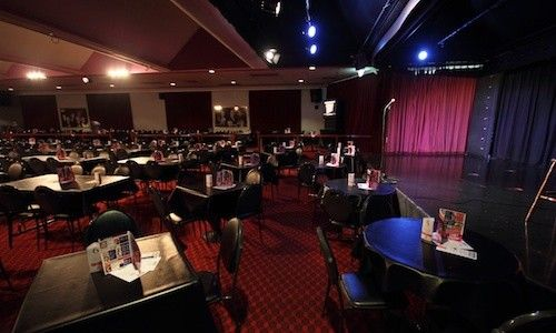 The Comic Lounge in Melbourne |    Melbourne's biggest and best comedy club featuring the stars of comedy from around Australia and the world!he Comics Lounge