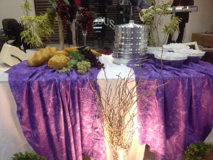 Neste mês de Maio foi espetacular! Chegar na igreja e ver esta linda mesa nos esperando para celebrarmos o culto mais sublime, a Santa Ceia do Senhor.