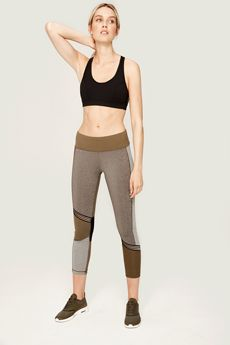 Lolë's Must-Have PANNA Leggings + Free Shipping #Leggings #Yoga #Activewear #Fitness #Athleisure #Style #GiftsForHer