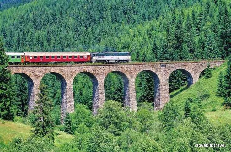 The railway bridge near Telgárt in central Slovakia was the first dissected arched structure made of iron-concrete in Czechoslovak railways.