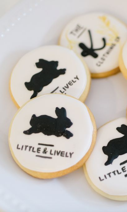 Being sweet is one thing, being sweet enough to put on a cookie — life goals realized. Thanks to @the.cake.mama for these amazing cookies for our grand opening last week. We loved sharing our sweeter side with customers and neighbours. Did you get a cookie before they were gone?  . . . . #littleandlively #thekindredclothingco  #madeinabbotsford #downtownabbotsford #madeinabbotsfordbc #madeincanada #fraservalley #fraservalleyhandmade #fraservalleyliving #fraservalleybuzz #eatlocal #shoplocal…