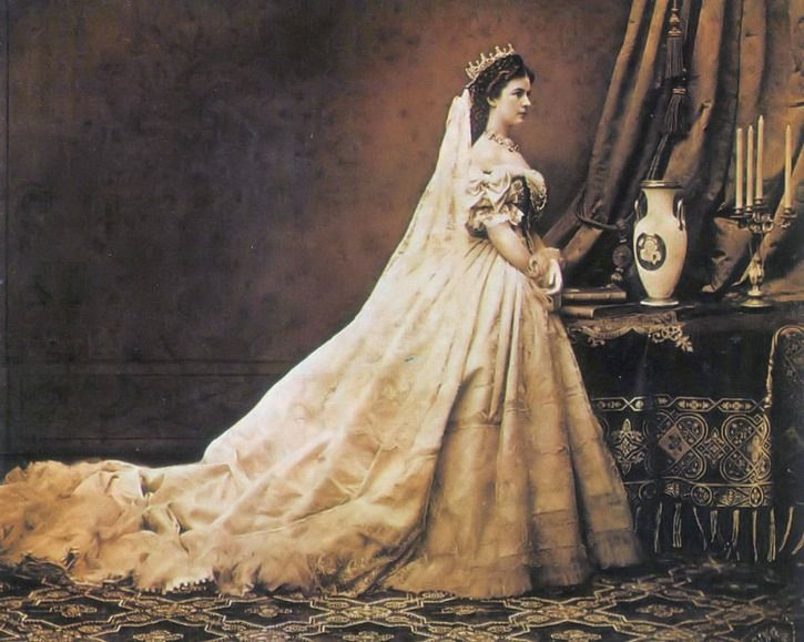 1867 Elisabeth in Hungarian court dress by Worth photo by Emil Rabending   Grand Ladies   gogm