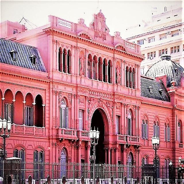 """""I am my own woman."" Evita Peron  Photographer (me) Michele Harvey I took this photograph of The Casa Rosada (The Pink House) in Buenos Aires, Argentina. It is the executive government mansion and office of the President of Argentina.  #pink #architecture #mansions #women #freedom #independence #Evita #dontcryformeargentina #travel #adventure #explore #SouthAmerica #Spanish #cool_capture #allwhatsbeautiful #citylife #Argentina #BuenosAires #quotes #empowerment  #allthingsofbeauty #history""…"