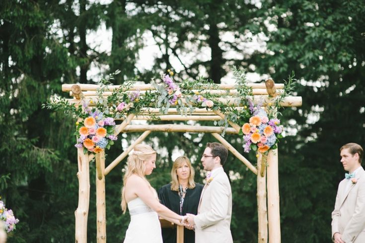 Mint Color Outdoor Ceremony Decorations: Rustic Southern Wedding Ideas