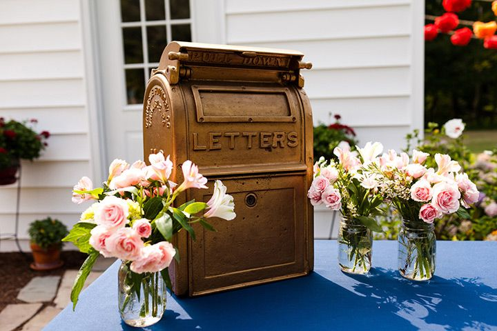 11 Unique Wedding Card Box Ideas  ~  we ❤ this! moncheribridals.com #weddingcardbox