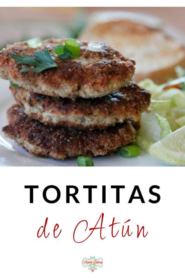 Nada más tradicional para la cuaresma que las tortitas de atún. Lleva ingredientes básicos fáciles de encontrar que combinados crean estas tortitas crujientes por fuera y suaves por dentro. Es un platillo que le encanta a los niños por lo fácil de comer y su sabor ligero. Sírvelas con una ensalada verde, limón y salsa de tu gusto. #recetasdecuaresma #comidamexicana #recetafácil Tilapia, Salsa Verde, Salmon Burgers, Love Food, Meals, Ethnic Recipes, Vegetables, Food Cakes, Easy Recipes