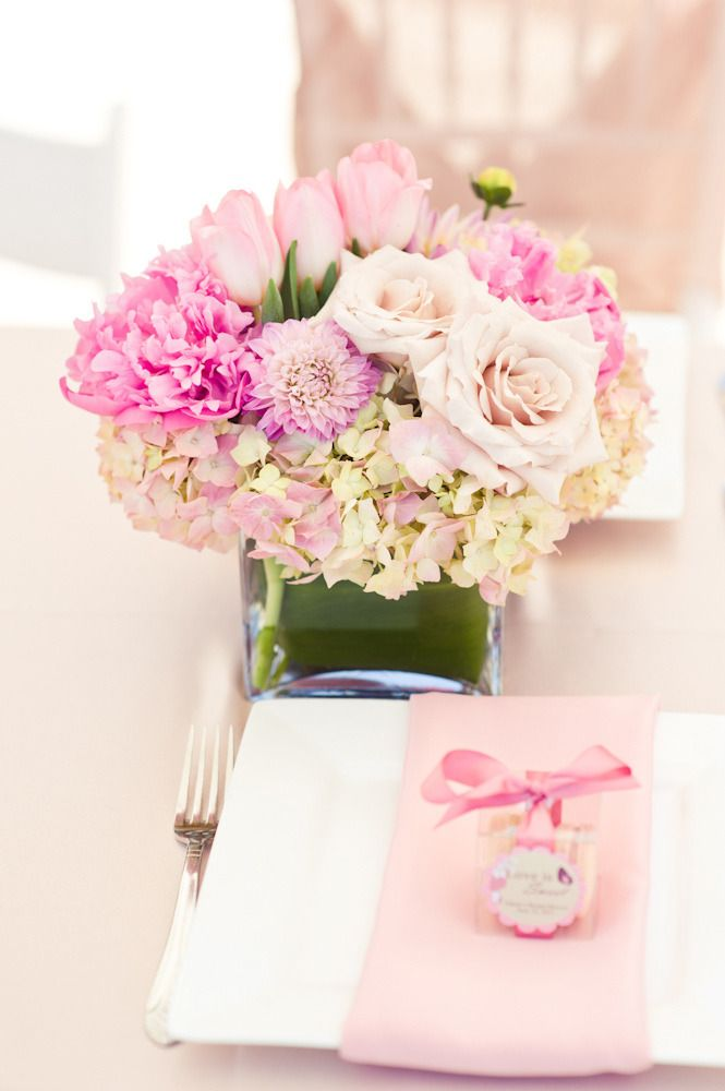 Pretty Pink Centerpiece ~ Bridal Shower ~ Photography by Pictilio