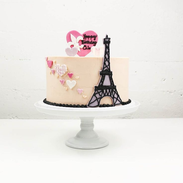 12 best Eiffel Tower cakes images on Pinterest Eiffel tower cake
