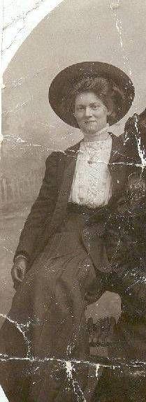 Cissy van Marxveldt (Setske de Haan) (November 24, 1889 - October 31, 1944) Dutch writer (known from the books of Jaap ter Heul).