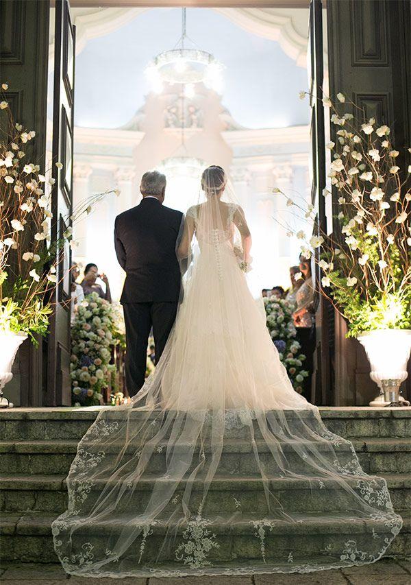 Casamento-Rio-de-janeiro-Talita-ribas-vestido-de-noiva-emannuelle-junqueira-Fotos-Marina-Fava-2a