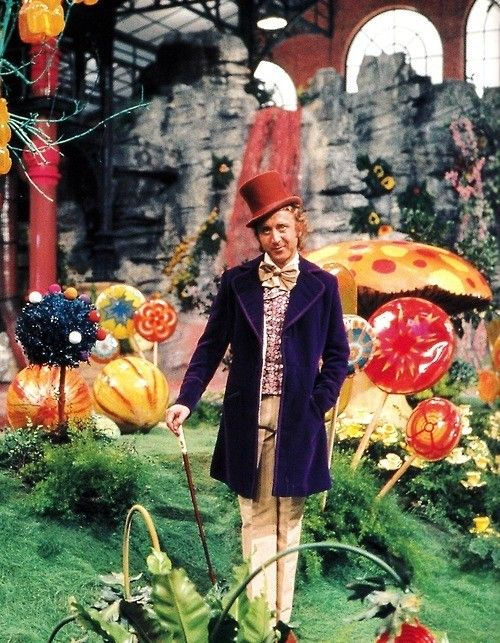 Oompa-Loompas with Gene Wilder as Willy Wonka in a 1971 film version of Roald Dahl's book Charlie and the Chocolate Factory. Description from pinterest.com. I searched for this on bing.com/images