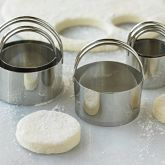 Biscuit Cutters, Set of 5 -- got the cutters- set of 2 instead, but not complaining! I love it!