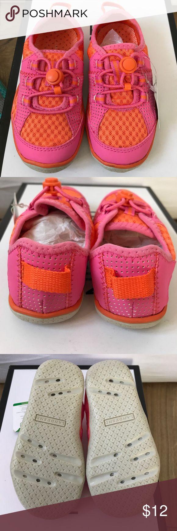 Lands' End Girl water shoes Size 9 Lands' End Girl water shoes Size 9 Youth. Lands' End Shoes Water Shoes