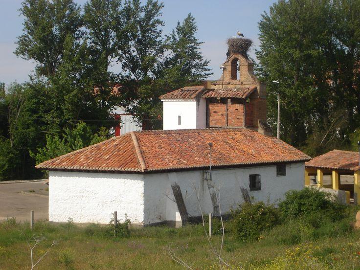 Valdelafuente, León, Camino de Santiago
