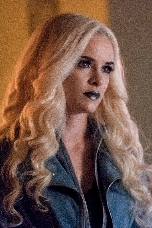 Caitlin's Killer Frost Side Returns This Week on The Flash