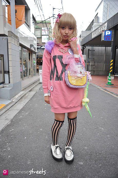 120325-7427: Japanese street fashion in Harajuku, Tokyo (Pirisira, CANDY STRIPPER, 6%DOKI DOKI, Swimmer)