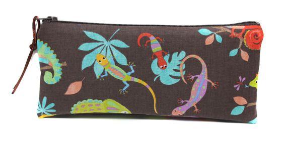 trousse enfant originale et colorée salamandre, lézard et caméléon