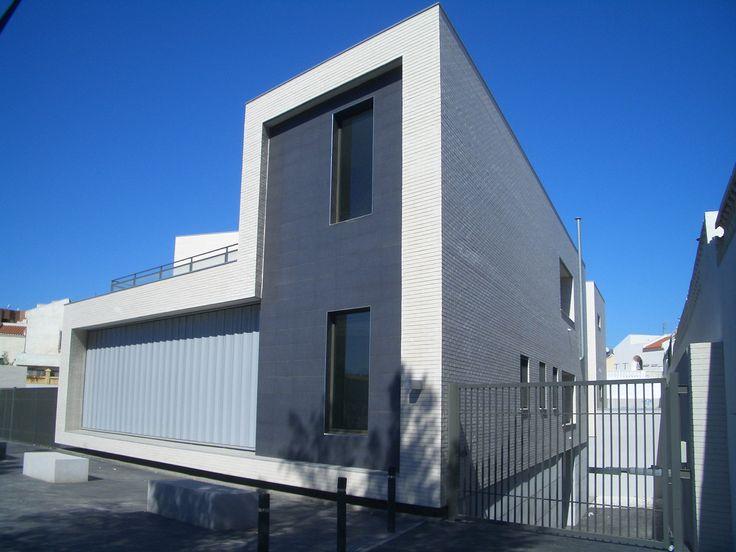 134 best images about fachadas on pinterest architecture - Fachadas edificios modernos ...