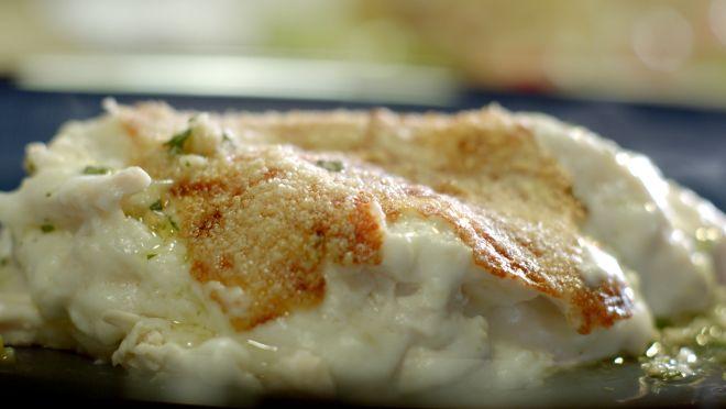 Beşamel-fesleğen pesto soslu tavuk
