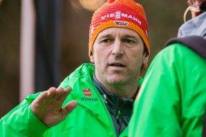 Bundestrainer Werner Schuster beim FIS Skispringen Weltcup in Engelberg / Schweiz | Bildjournalist Kassel http://blog.ks-fotografie.net/pressefotografie/fis-skispringen-engelberg-schweiz-fotografiert/