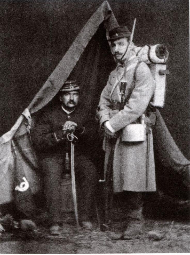 Subteniente y Sargento 1º del Regimiento Civico Movilizado  Esmeralda