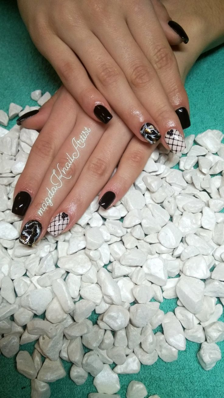 #acrylicnails #squarenails #cutenails #blacknails #nudenails #marblenails #magdaKnailArtist