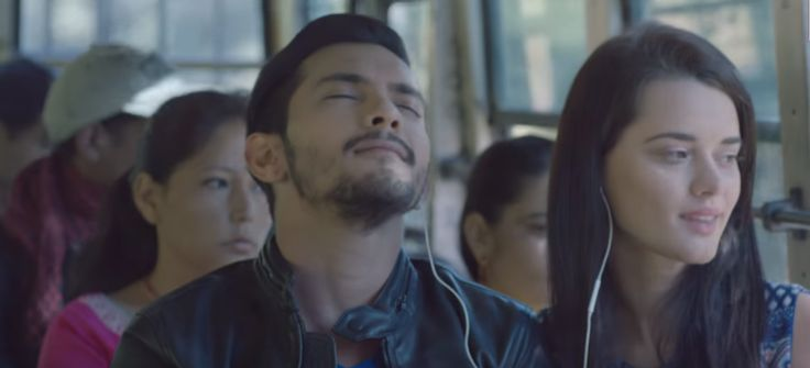Zindagi Video Song Review is available. Latest Video Song Zindagi featuring Aditya Narayan, Evgeniia Belousqva released on December 15, 2015 by T-Series. Watch Zindagi Video Song.