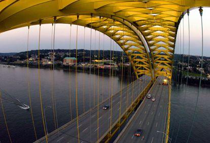 "Daniel Carter Beard Bridge, Cincinnati.  ""Big Mac"" bridge"