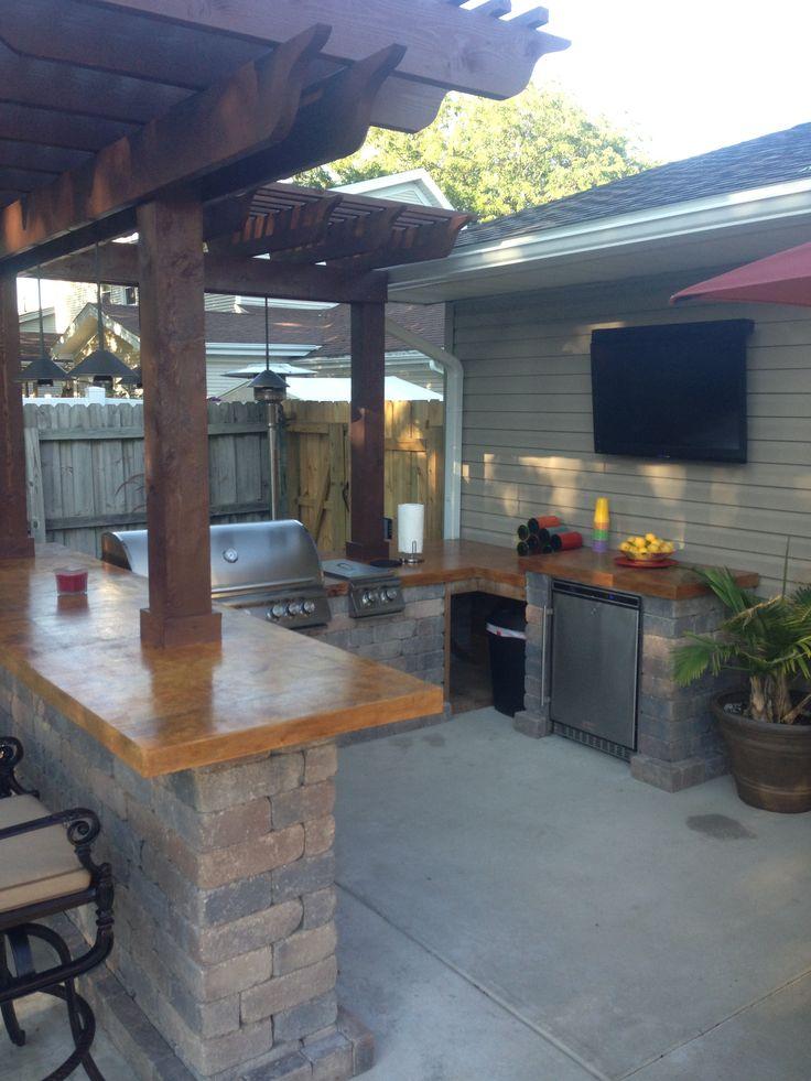 Backyard Kitchen Design: 1000+ Ideas About Outdoor Grill Island On Pinterest