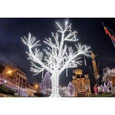 künstliche Außen beleuchteten Weihnachtsbaum Zweige