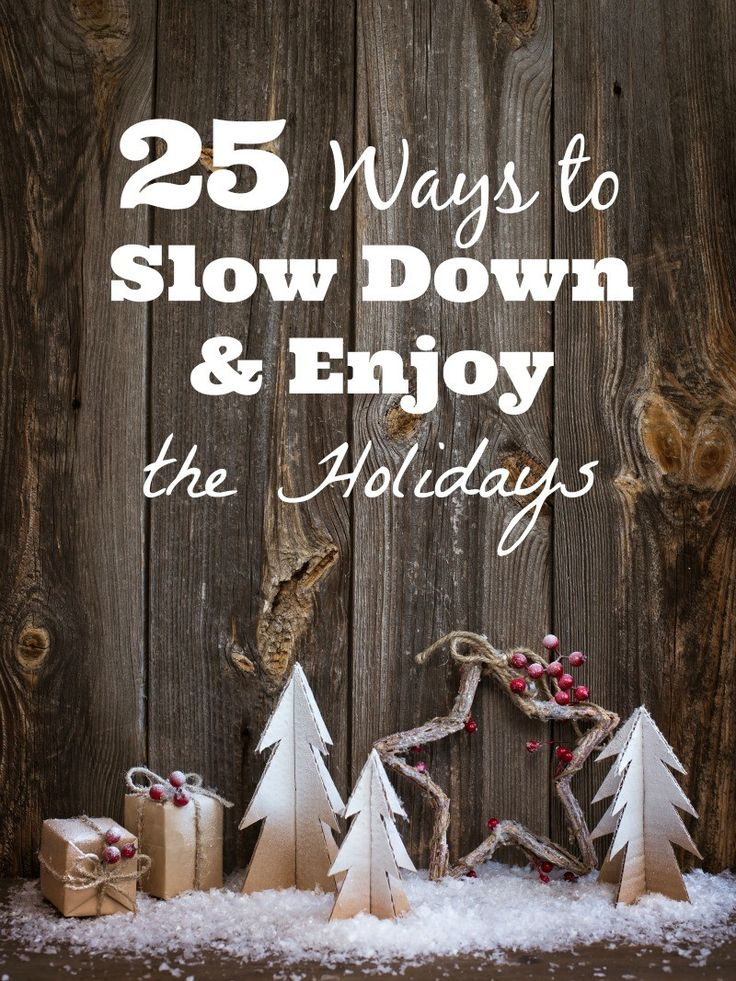 25 Idea for Simplifying Christmas so you can Enjoy the Holidays with the family -- love these easy things to do together!