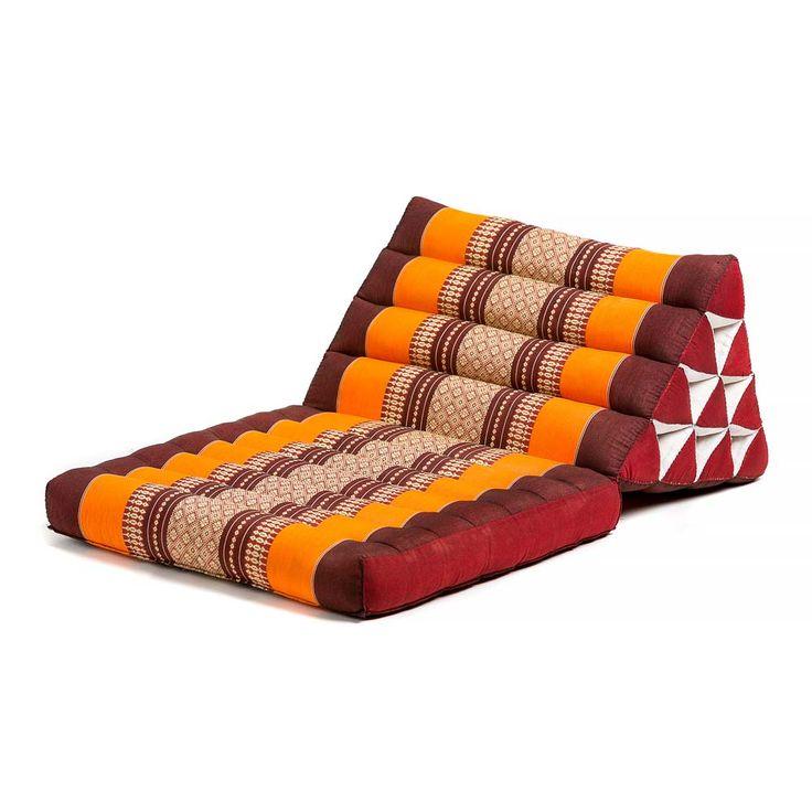Τρίγωνο μαξιλάρι με μια δίπλα, με πλάτος 50εκ και μήκος 75εκ.