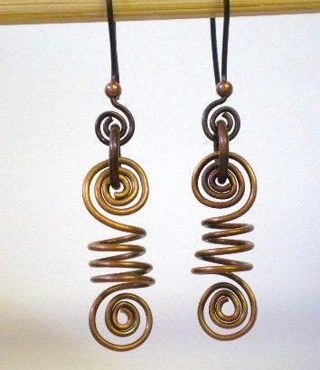 coiled wire earrings. #wire #jewelry #earrings