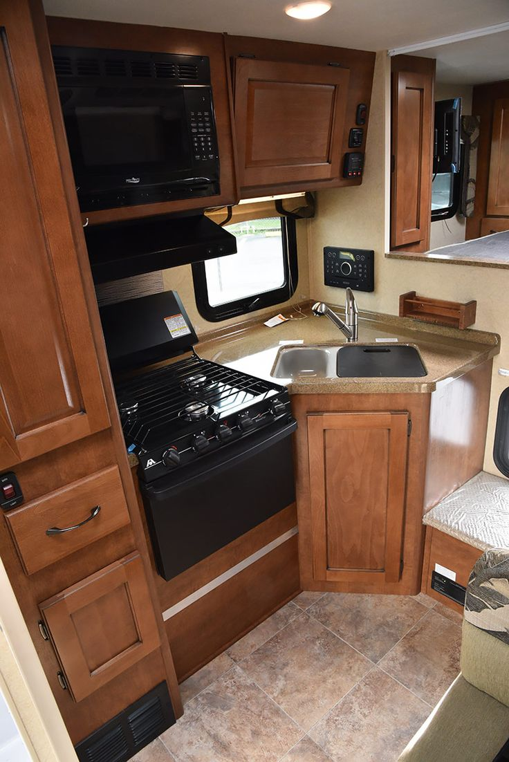 fe77caf7afe88bcccaa496365c66479a lance campers rv campers 142 best truck campers images on pinterest truck camper, campers lance truck camper wiring harness at soozxer.org