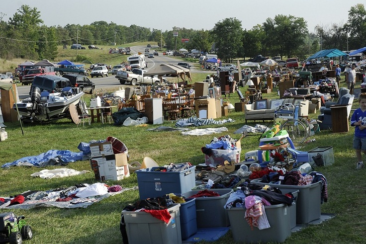 World S Longest Yard Sale On U S Route 127 Longest Yard Sale