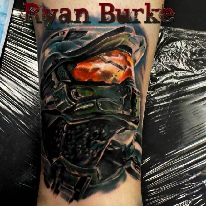 Master Chief from Halo 4 Tattoo - I would never get this, but it's still pretty awesome!