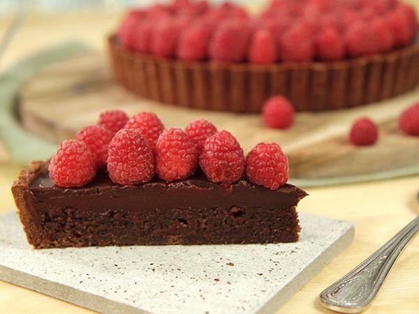 Chokladpaj med hallontryffel | Köket.se