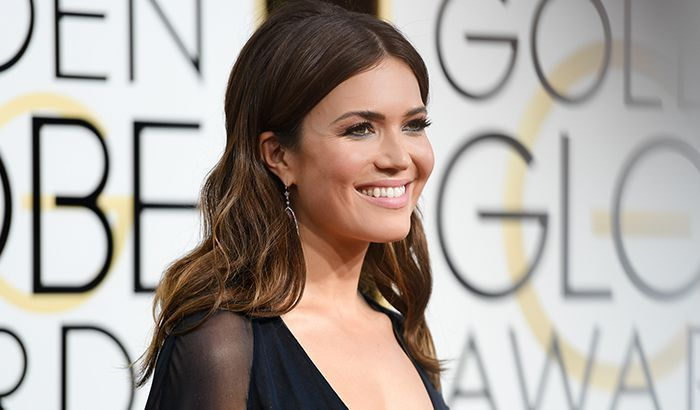 Mandy Moore, an American singer and actress. Check out her biography, height, weight, body measurements, age, boyfriend, family, net worth and facts.