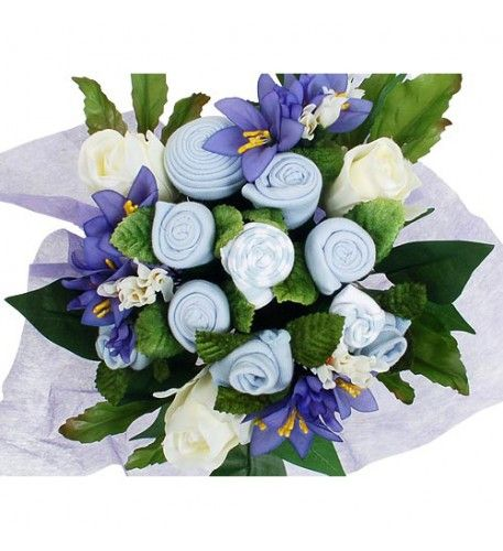 Send to the family a bouquet they will always remember.Contains : 1 x Babyblooms Hat 4 x Pairs Babyblooms Socks 2 x Babyblooms Bodysuits 1 x Babyblooms Bib 1 x Scratch Mittens.
