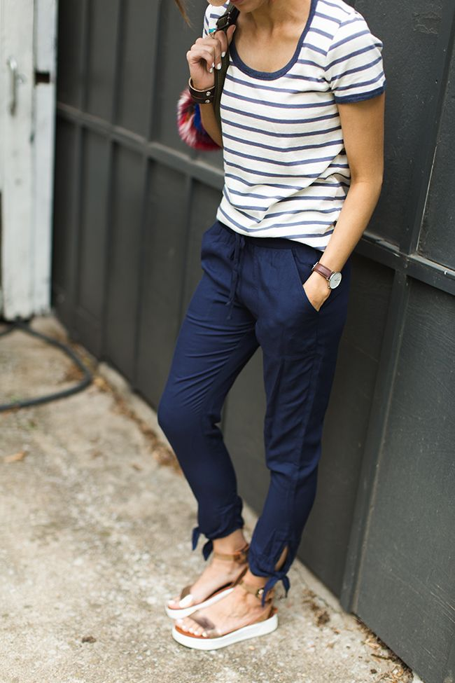 Summer Pants That Aren't Jeans - Lets be honest, it's too hot for denim in the summer. But I hate wearing shorts all the time. Love these style ideas from blogger Kilee Nickels.