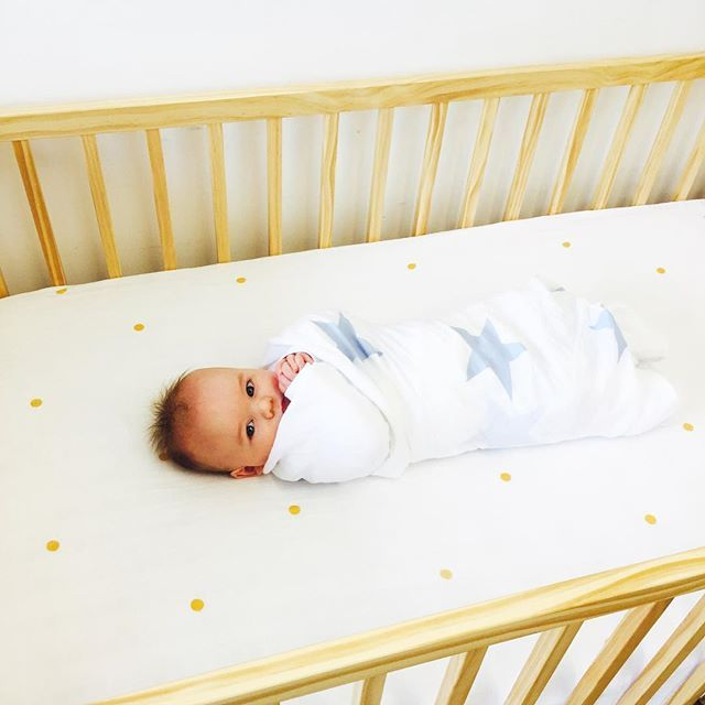 Amy the Maker crib sheets - Snug as a bug 🐞🐞🐞 A super sweet snap featuring our large star swaddle in sky-blue and our polka dot fitted cot sheet in gold 🌿